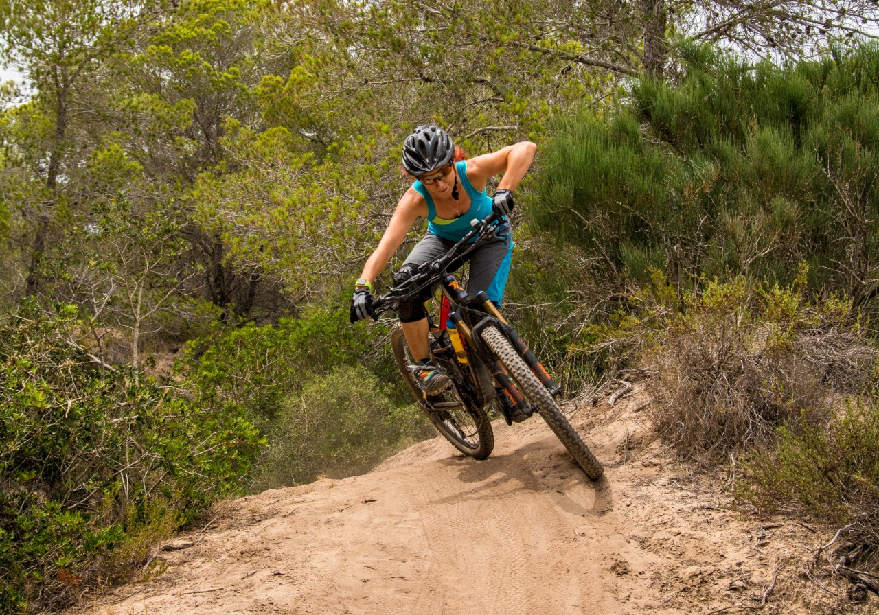 HOT HOT HOT and DUSTY Trails, but some great mountain biking in Mallorca!